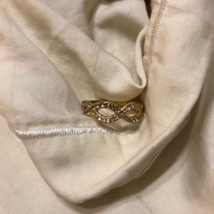 Stella and Dot Gold Infinity Ring!